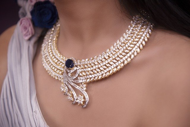 best jewelry for girlfriend